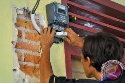 PLN Ratahan ancam putus listrik ratusan pelanggan