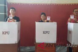 Bupati Sitaro Mencoblos di Tagulandang