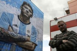 Gambar megabintang Argentina Messi terpampang di Rusia