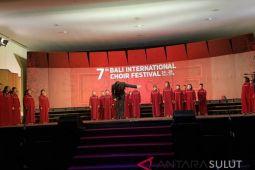 SMP Don Bosco Manado Rebut Gold di Bali International Choir