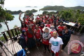 Jelajahi wisata laut Raja Ampat dengan Telkomsel