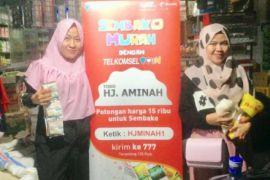 Telkomsel Permudah Masyarakat Manado Dapatkan Sembako