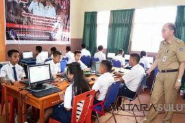1.120 Siswa SMP Sitaro Ikut UNBK-UNKP