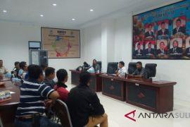 Komisi D DPRD Manado Terima Keluhan Pemecatan Buruh PT Sukanda Jaya