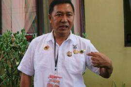 Bupati Minahasa Tenggara tuntut guru lebih profesional