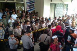 DPRD  Manado Terima Masukan Pendemo Buruh Sampah