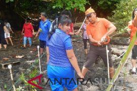 Manengkel-Chaetodon edukasi masyarakat Likupang Barat lestarikan mangrove