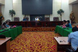 DPRD Minta pemerintah ikutkan buruh sampah BPJS