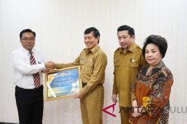 Pemkot Manado terima penghargaan dari Kemenkeu