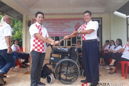 Solmet peduli kemanusiaan bantu penyandang cacat Sulut