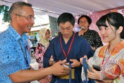 Guru Jepang Promosikan Lombok Lewat Tulisan