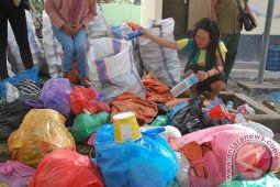 13 Ton Sampah Hasil Pendakian di Rinjani