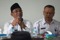 Bupati Lombok Barat menyebarluaskan amanat Menkopolhukam