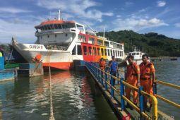 KMP Gunsa kandas di Perairan Lombok Barat