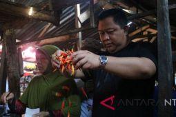 Izzul Janjikan Revitalisasi Pasar di Lombok Barat