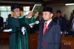Wirajaya dilantik menjadi Wakil Ketua DPRD NTB