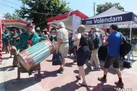 Volendam kembali membawa ribuan wisatawan ke lombok