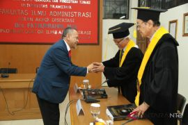 Pejabat Lombok Barat raih doktor di Unibraw