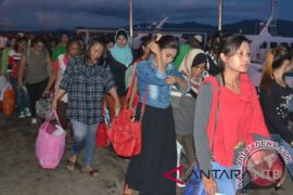 Puluhan TKW NTB Telantar di Malang Jatim