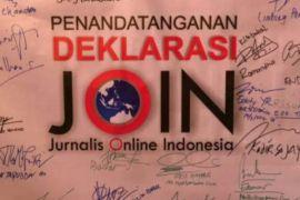 Jurnalis Online Indonesia Buka Bersama Anak Yatim