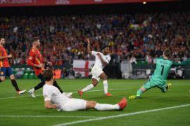 Dua gol Sterling bantu Inggris kalahkan Spanyol