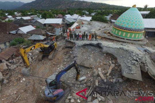 Masyarakat Aceh bangun masjid anti gempa di Lombok Utara