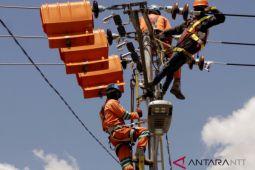 Elektrifikasi listrik di NTT bergerak lambat