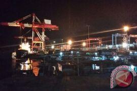Bongkar Muat di Pelabuhan Utamakan Pangan