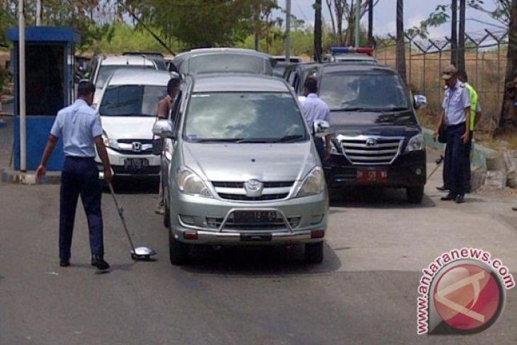 Polisi ringkus pengancam bom Korem Wirasakti