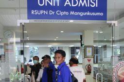 Mencari pelayanan kesehatan maksimal di luar Papua