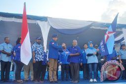 Lukas Enembe siap lanjutkan perjuangan Demokrat Papua
