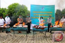 BBPOM Jayapura musnahkan obat dan makanan ilegal