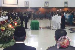 Gubernur Papua lantik kepala daerah Tolikara dan Kepulauan Yapen