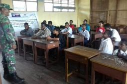 Babinsa Koramil Mapurujaya arahkan pelajar hindari minuman beralkohol