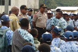 Polisi Pegunungan Bintang mediasi protes pelajar SMP