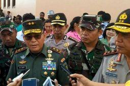 Pangdam dan Kapolda Papua tunggu evakuasi jenazah prajurit TNI