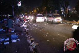 Sampah bekas makanan penuhi Jalan Soa Siu Jayapura