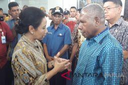 Bupati Jayapura minta landasan baru Bandara Sentani