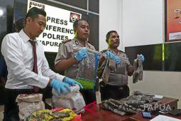 Polisi Jayapura tangkap pelajar pengedar ganja