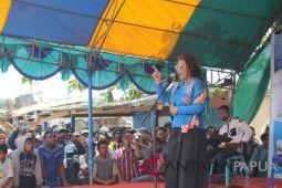 Menteri Kelautan janjikan 23 unit perahu untuk nelayan Kamoro