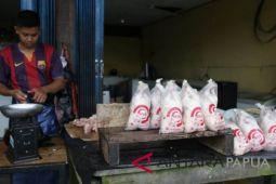 Harga daging ayam dan sapi di Timika stabil