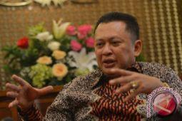 Ketua DPR: MKD kaji legislator sebarkan hoaks