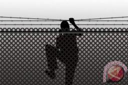 Dua narapidana Lapas Narkotika Doyo sempat melawan sebelum kabur
