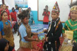 Pertamina ajak peserta SMN Aceh berbagi buku di Jayapura