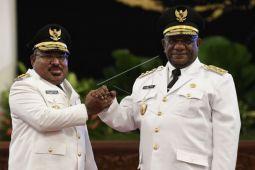Menanti gebrakan pasangan Lukmen dalam membangun Papua