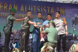 Kodam Cenderawasih gelar pameran alutsista semarakkan HUT TNI