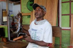 Memproduksi mebel Papua tanpa merusak kelestarian hutan raya