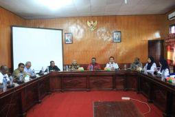 Pemkab Asmat dan Yahukimo bahas pembangunan dermaga di batas wilayah