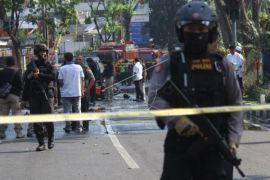 Pengamanan pascaledakan bom di Surabaya