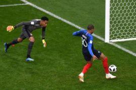 Prancis ke 16 besar setelah kalahkan Peru